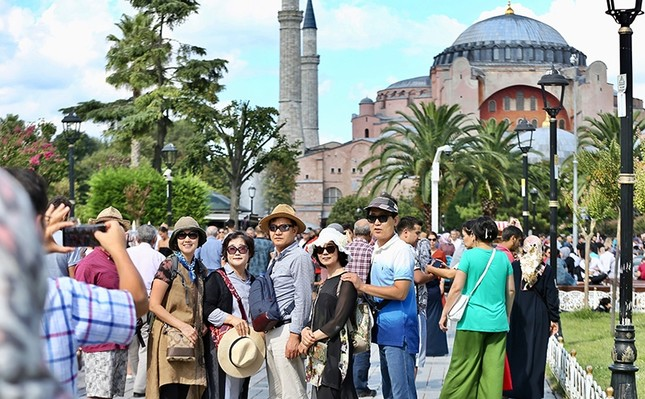 Turkey aims for 58M foreign visitors, $40B in tourism revenues this year